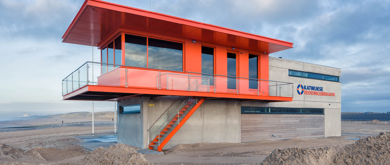 project-slide-reddingsposten-krb-lifeguard-stations-katwijk-aan-zee-nl-