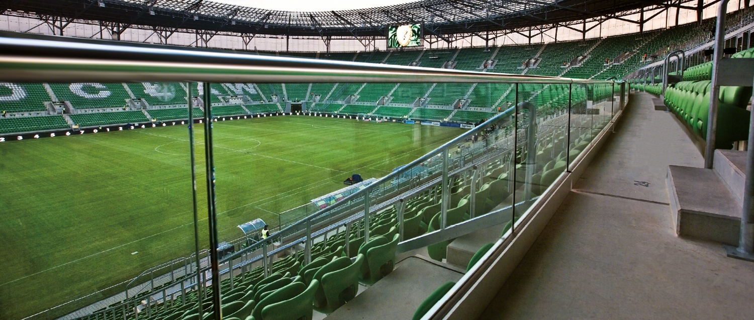 project-slide_wroclaw-football-stadium_pl_1